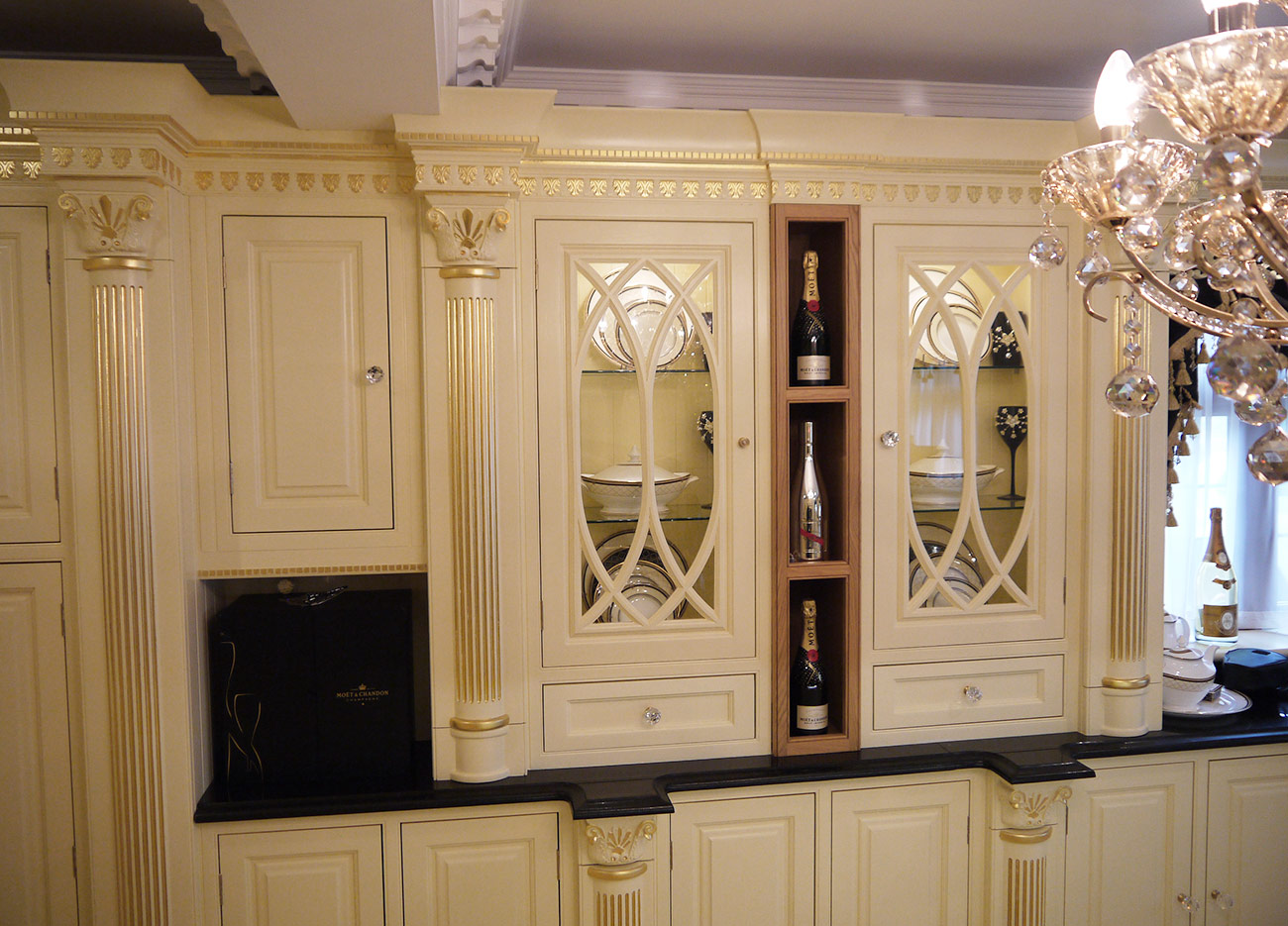 VICTORIAN CREAM KITCHEN WITH GOLD LEAF