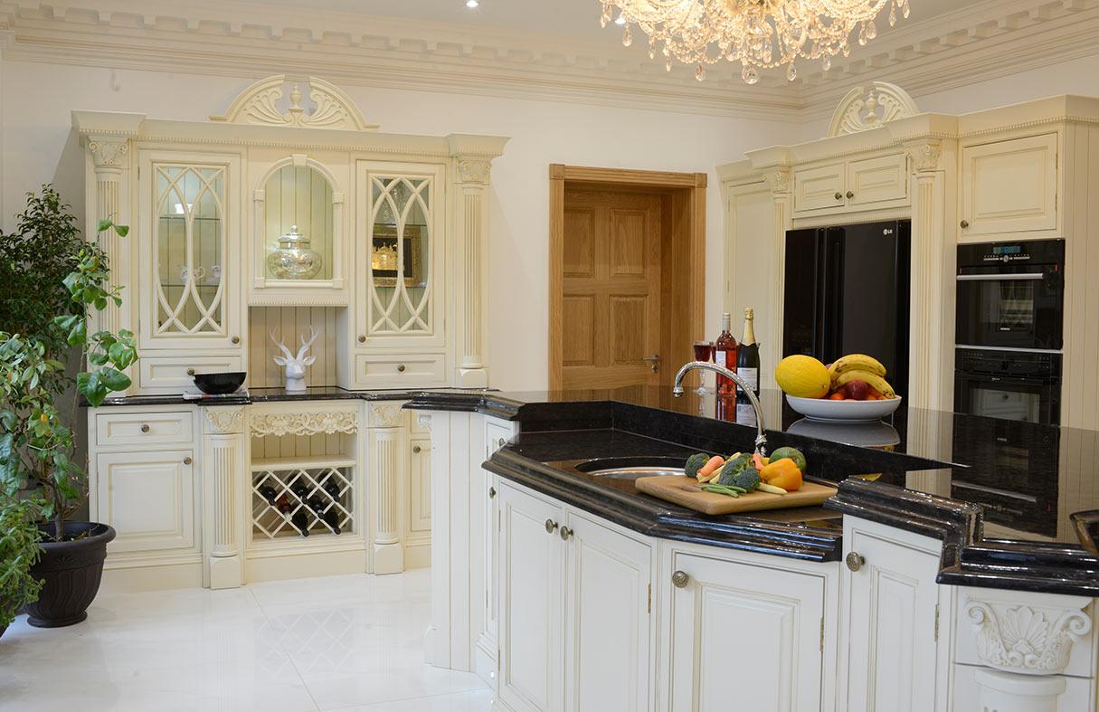 Broadway knightsbridge victorian kitchen 1 handmade for Bespoke kitchen cabinets uk