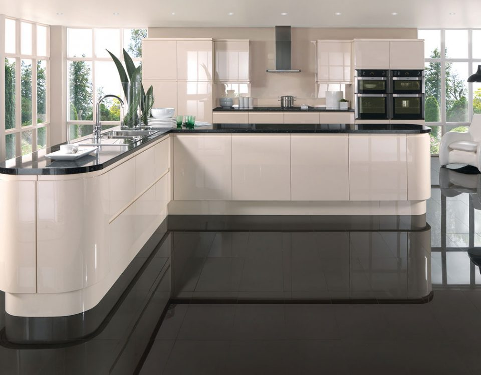 Handmade bespoke kitchens by broadway birmingham luxury for What is in style for kitchens