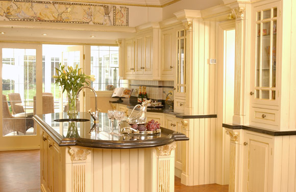 traditional-HANDMADE-exclusive-broadway-kitchen-IMAGE-6