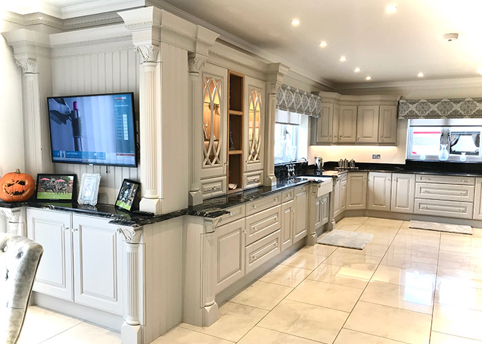 Luxury-Bespoke-Knightsbridge-Kitchen case-study
