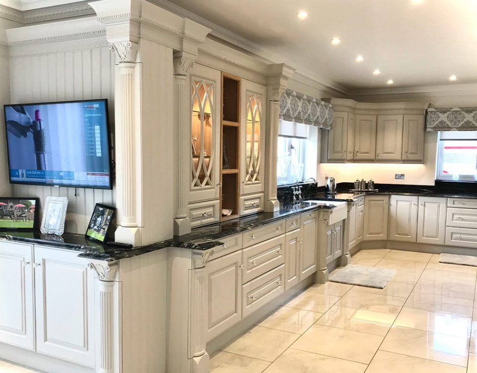 Luxury Bespoke Knightsbridge Kitchen 5 featured